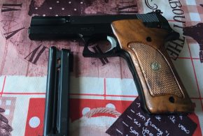 Pistolet Swith & Wesson 22LR – 320 €