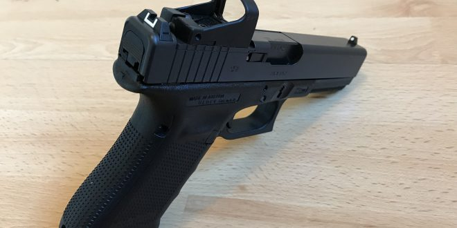 Glock 17 MOS Gen 4 et Point rouge – 9mm – 700 €